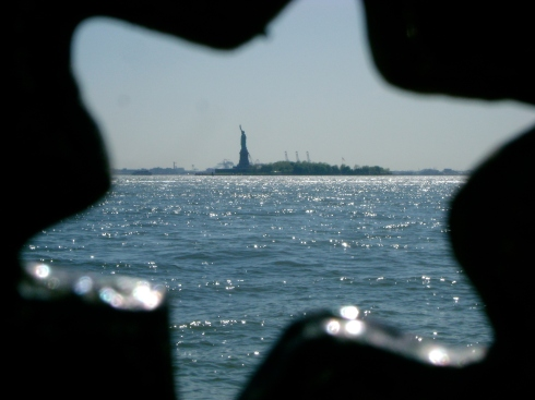 Hey look at the Statue of Liberty through that star!