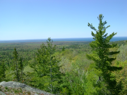 Can you see the Huron and Keweenaw Bays in the distance?