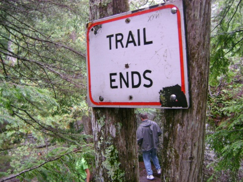 "Scot ignores ""Trail Ends"" sign"